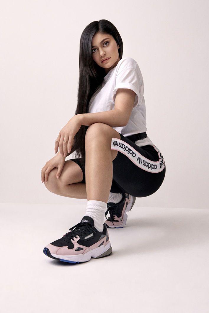 Kylie Jenner wechselt zu Adidas und released einen Sneaker