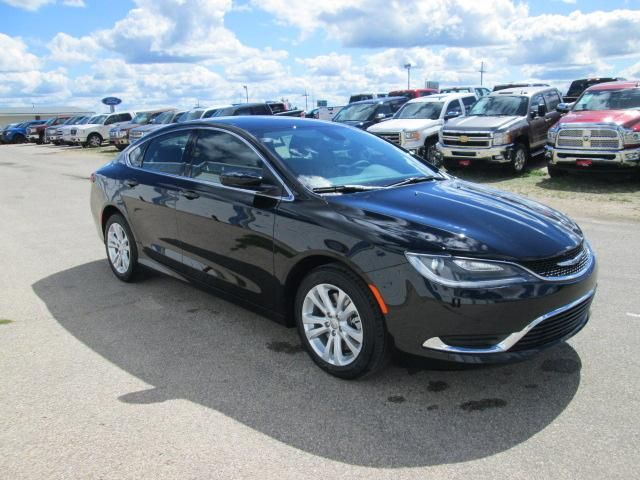 Runde Auto Group - New Commercial Vehicles - 2016 Chrysler 200 Limited