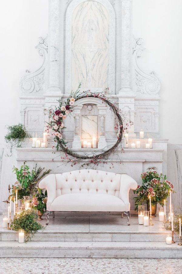 vintage settee wedding/event reception decor