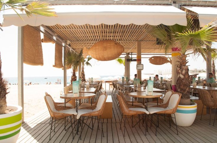 Chiringuito Mokai en La Barceloneta diseño de PPT Interiorismo | arq4design.com