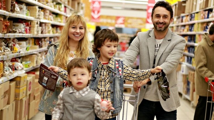 5 Tips for Moms to Save Money on Groceries #grocery #savingmoney #savings #family