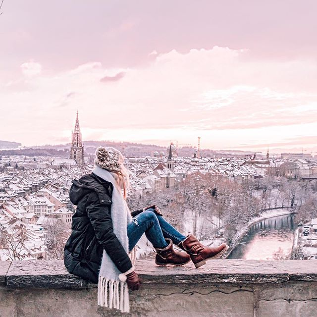 When @ilove_bern invited me to spend last weekend in their beautiful city, this is the one spot I just couldn't wait to get back to... the Bern Rose Garden, my favourite city lookout ever. We were even lucky enough to get this magical winter wonderland sunset in my favourite colour! 💕 . I'm curious to hear if you have a favourite city lookout? Or one that is on your travel wish list! . Oh and also today is your last chance to enter my giveaway for a dreamy stay in a hotel which is home to…
