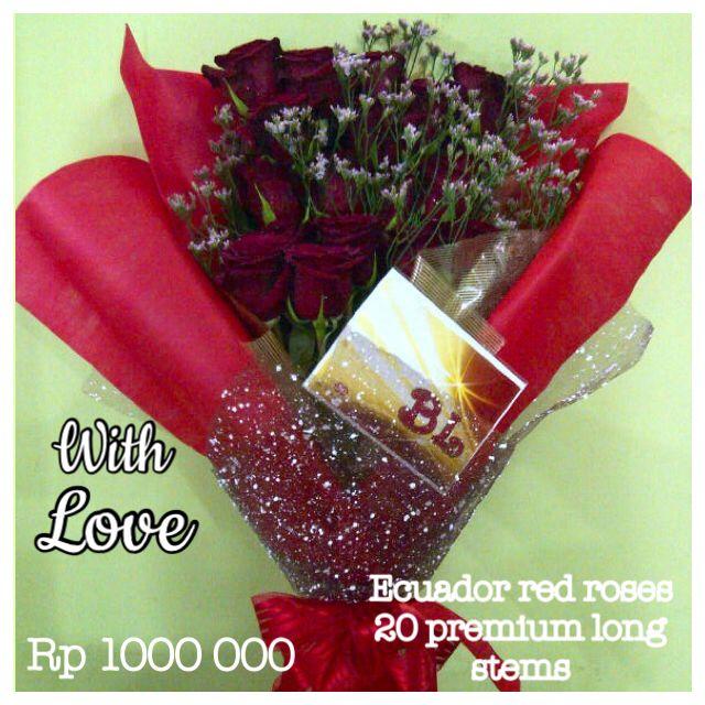 Banjarmasin florist / Borneo. Ecuador Red roses with premium long-stems. www.liengallery.com  #surabaya_florist #LienFlowerDecoration #tokobunga #tokobunga_surabaya #delivery_florist_indonesia #florist #fleurs #flower_arrangement #florist_banjarmasin #bunga_meja #bungameja #bouquet #rangkaian_bunga #Indonesia #liengallery #www.liengallery.com #tokobunga_banjarmasin