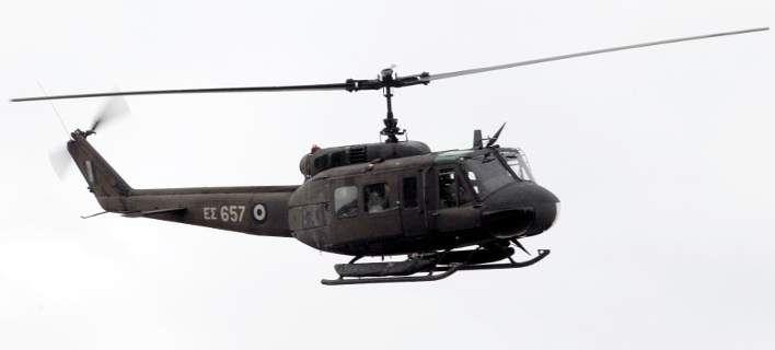 Αερομεταφορά ασθενούς από κρουαζιερόπλοιο στην Καλαμάτα με ελικόπτερο του Πολεμικού Ναυτικού