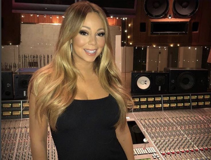 Mariah Carey's Twitter Was Apparently Hacked On New Year's ...