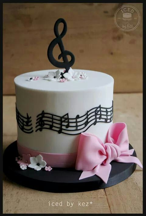 64 best MUSICAL cakes images on Pinterest Music Music cakes and