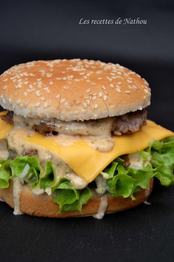 """Réalisez vous-même le fameux burger """"Giant"""" et surtout sa sauce divine et très ... addictive ! Ce n'est plus u..."""