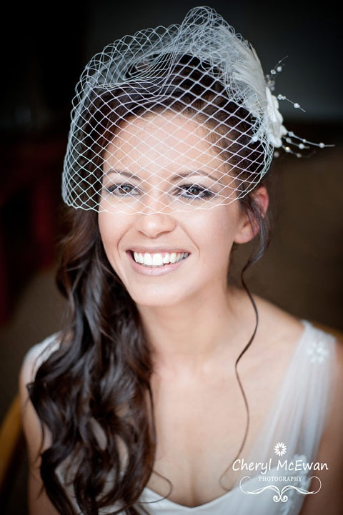 belle hair styles idea for hair with birdcage veil i like this a lot 7302 | 0c285c0f4742da7d369988aeb08d7302 birdcage veil with hair down the birdcage