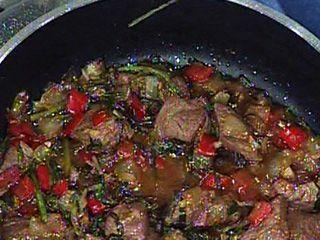 Wok de cordero y vegetales