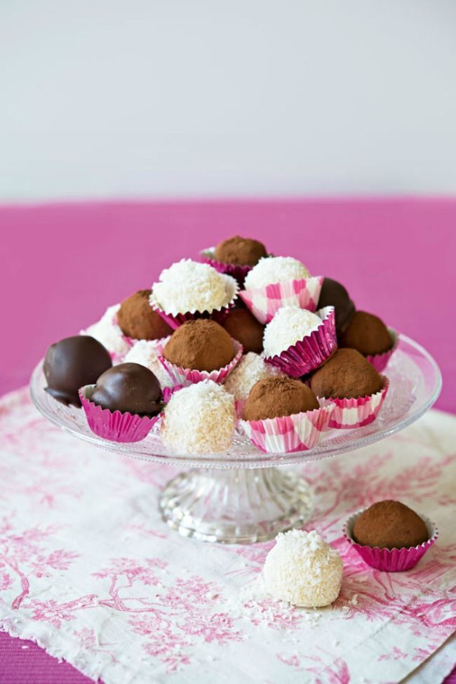 89 best Cake Pops and Truffles images on Pinterest | Chocolate ...