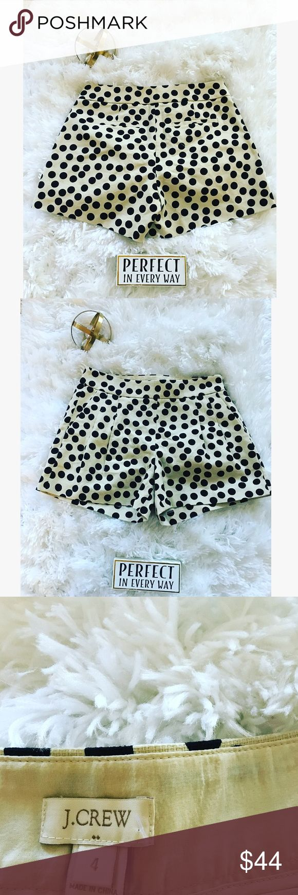 🦋 J.CREW NEW Beige & Black Polka Shorts Size 4🦋 I have more shorts in stock dolls. This is a pair of beige/cream and black polka dot shorts. It's a women size 4 J. Crew authentic brand. It is brand new and has its tag. It's the new pushed summer style dolls. It zips up on the side. Don't forget to bundle up on more than 4 items and receive a discount. If you're looking for something particular and don't see it in my closet, request it Dolls. Enjoy. Remember you're such a doll 🦋 J. Crew…