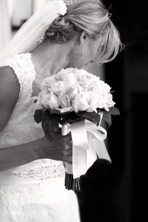 Wedding photography;  Bride.