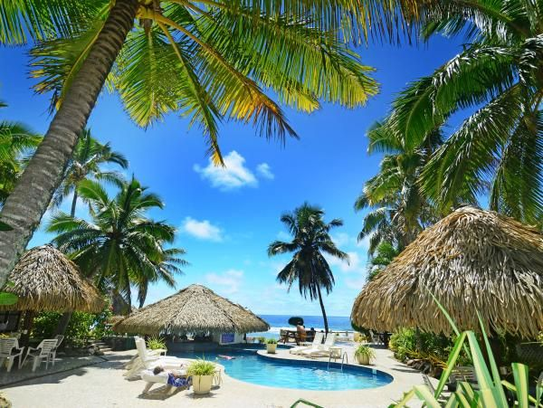 Cook Islands Travel Guide, Accommodation & Resorts