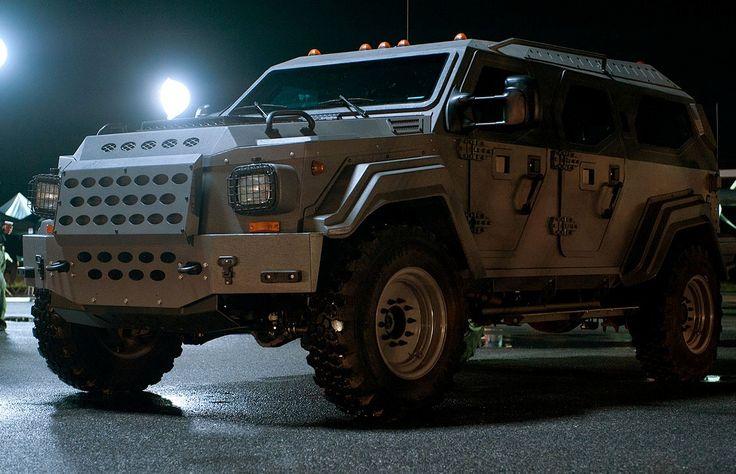 Sexy Gurkha LAPV - Fast and Furious 5 Car. My next purchase!!!