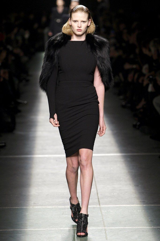 Givenchy Fall 2009 Ready to Wear Collection Photos   Vogue