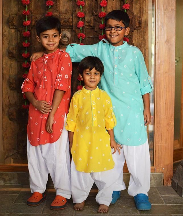 Buy Play Dress Up Giggle Buns Ombre, tie dyed and shibori foil-printed separates for kids Online at Jaypore.com