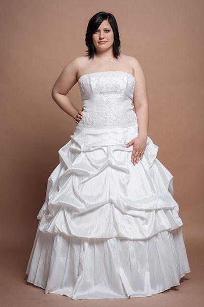 Fehér esküvői ruhák