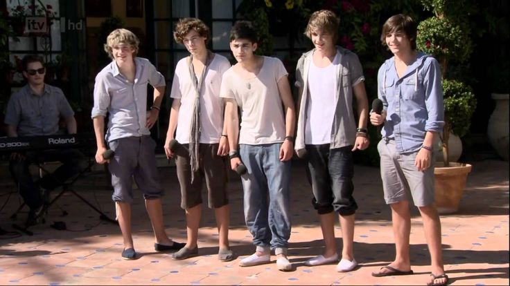 One Direction - The X Factor Judges' Houses - Torn (Full) HD - This is just.. I can't get over their performance. Ever.