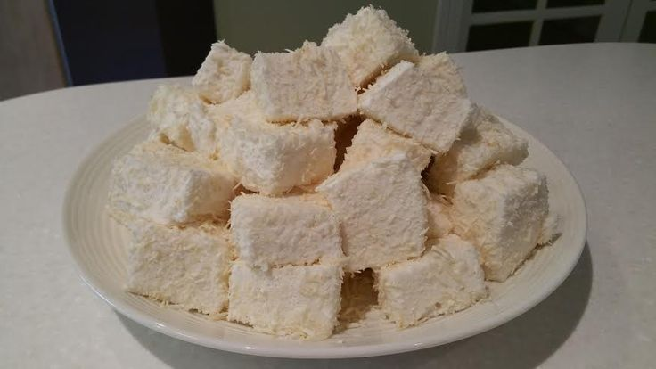 Vanilla Bean Marshmallows – Twins And A Blog. Can colour and set in ice cream cones