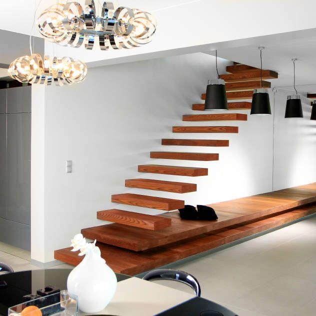 Pasillos, vestíbulos y escaleras modernos de STRUKTURA Łukasz Lewandowski