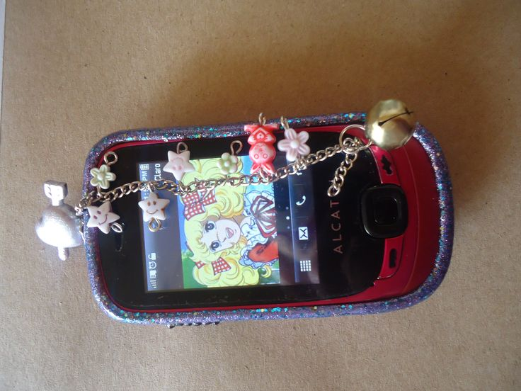decoración moderna y tierna de celular