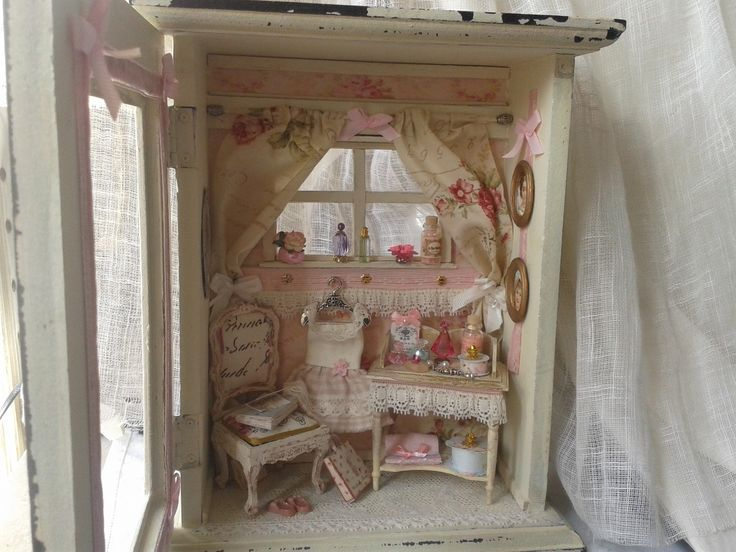 83 best shabby dollhouse miniature images on pinterest dollhouse miniatures flower vintage. Black Bedroom Furniture Sets. Home Design Ideas