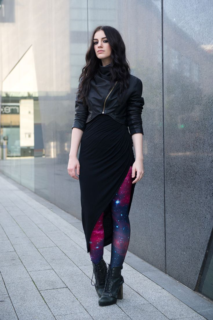 sci fi inspired leggings with futuristic outfit