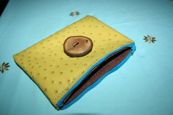 Leather purse with hand crafted oak button