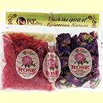 http://cristinnecosmetics.ro/ Set natural cu ulei esential de Trandafir120g. Sarea de baie cu trandafiri are efect de intinerire asupra pielii. Recomandata pentru tonifierea pielii, regenerarea ei cat si pentru beneficiile pe care le are asupra psihicului.Are efecte in cazul pielii iritate sau arse de soare. Inlatura stresul din organism, aducand o stare placuta de relaxare. Petalele de trandafiri pot fi folosite pentru inhalatii, cataplasme sau in baie, pentru crearea unei atmosfere…