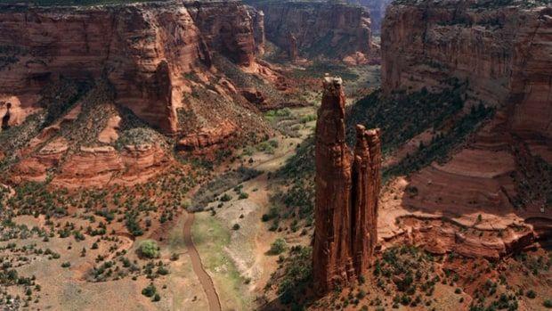 Canyon de Chelly, Navajo Nation, Arizona (15 miles)