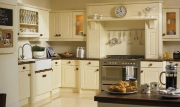 Bella Vanilla Kitchen - By BA Components. vinyl wrapped MDF moudlings trade and replacement kitchen door manufacturers