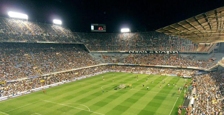 Valencia football club bought by billionaire Peter Lim http://descrier.co.uk/business/valencia-football-club-bought-billionaire-peter-lim/