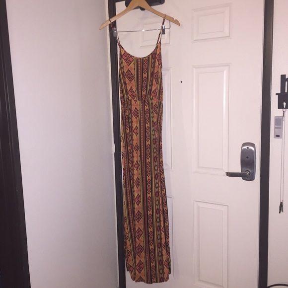 Aztec Long dress Aztec design, long dress, size small, forever 21. Forever 21 Dresses Maxi