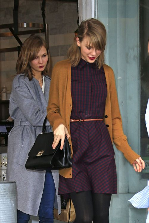 Taylor Swift and Karlie Kloss 4/3/14 Love Taylor Swift outfit. Great colors for fall