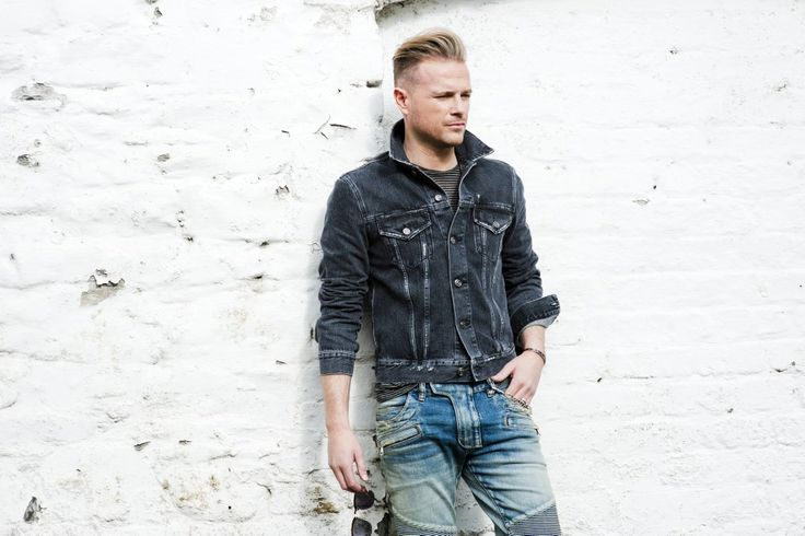 Nicky Byrne : Ireland