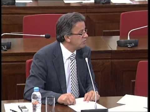 Επιτροπή Θεσμών & Διαφάνειας της Βουλής. Ο Συνήγορος του Καταναλωτή κ. Ευάγγελος Ζερβέας τοποθετείται επί του έργου και των δραστηριοτήτων της Αρχής.  Ζερβέας - Επιτροπή Θεσμών & Διαφάνειας της Βουλής (1/4) 6.7.2010.