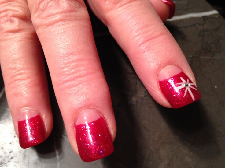Xmas nails short gel nails star if Bethlehem nail. Wide nail tips. Last a long time. Clear gel paint on color and form half moon.