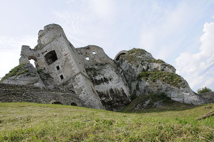 This is pretty neat. Castle ruins in Poland; part of the structure was built right into the limestone cliffs.