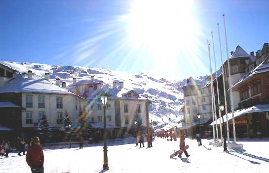Skiing in the Sunshine! Best-of-both-world winter destinations
