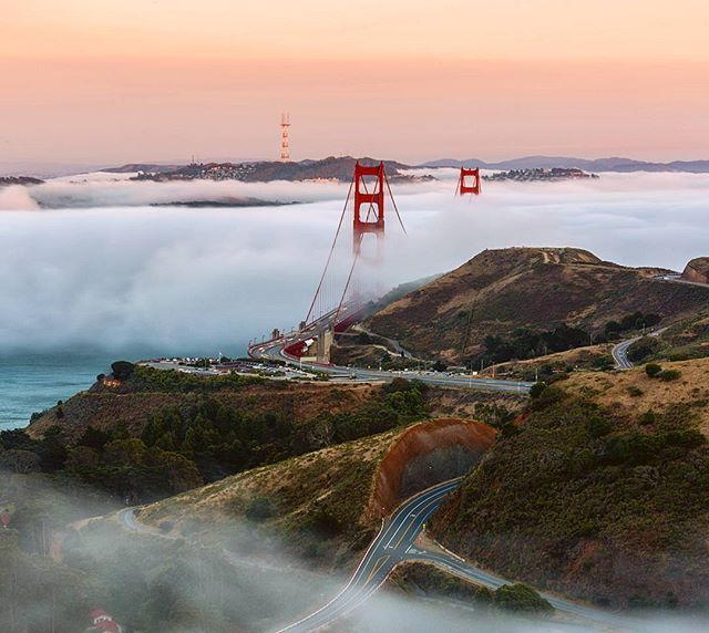 Finally got out to the Headlands for some low fog! Such an awesome night!  Good fun shooting with @sortofbritish and nice meeting @jc.liang and @creignakano out there. . . . #WestCoast_exposures #IGNorCal #lazyshutter #bestofthebayarea #longexposure #global_hotshotz #hubs_united #igshotz #ic_thecity #ig_fogaholics #judeallen1
