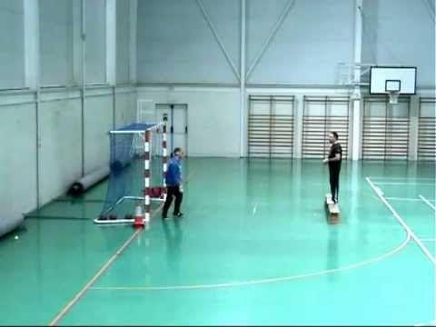 Ejercicio técnico de los porteros de  balonmano