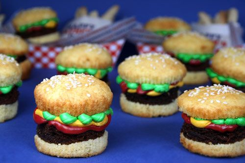 Brownie burger cupcakes by Bakerella
