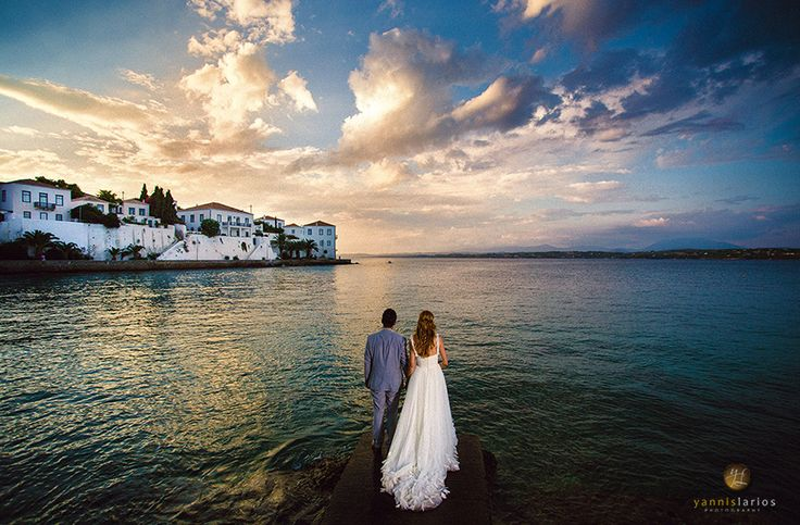 "One of my Wedding Photos from Spetses, with a ""Highly Commended"" Award by SWPP (London).  More is at http://www.yannislarios.com/blog/yannislarios-wedding-photographer-award-march/"