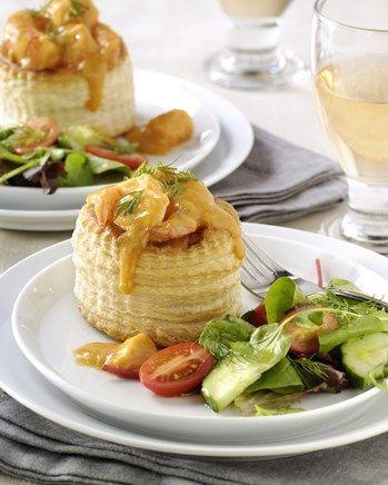 Pasteitjes met een vulling van kreeft, visfilet en garnalen recept