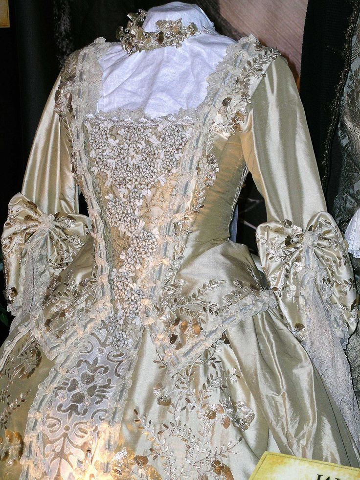 Wedding gown from pirates of the caribbean embroidery for Caribbean wedding dresses for guests