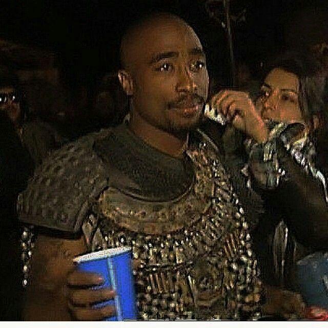 """Tupac - Bastidores de """"California Love"""""""