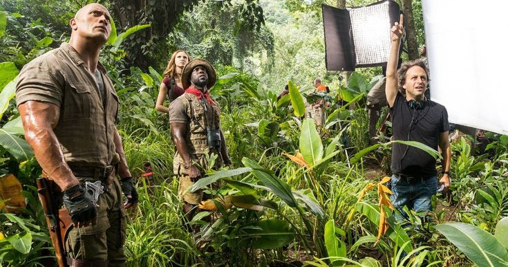 Jumanji 3 Brings Back Welcome to the Jungle Team -- The core creative team for Jumanji 2 is ready to return for the sequel, including writers Scott Rosenberg and Jeff Pinkner. -- http://movieweb.com/jumanji-3-director-jake-kasdan-writers-scott-rosenberg-jeff-pinkner/