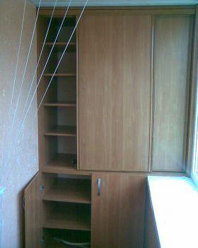 27. Шкаф на балкон