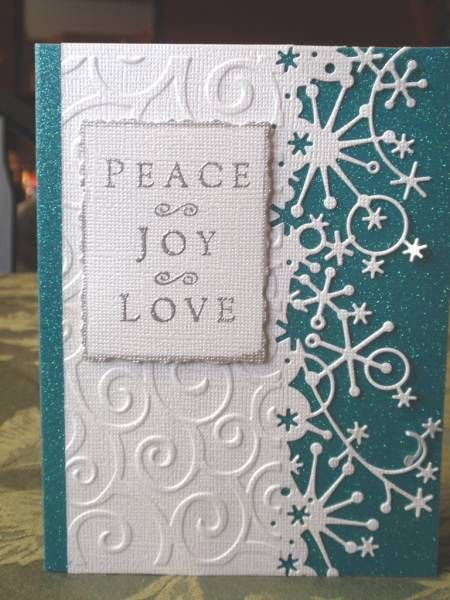 I love the diecut snowflakes on the dark colored paper.  So pretty! DeeBee Stampin: Christmas Cards, Die Cut, Memories Boxes, Cards Ideas, Beautiful Christmas, Snowflakes Christmas, The Border, Paper Crafts, The Boxes