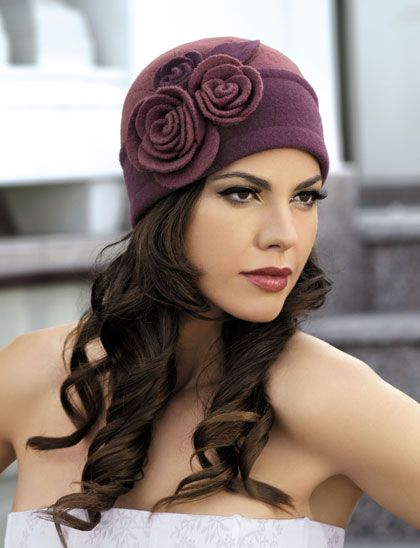 Очень красивые шапки и береты:) новый сбор. СП: одежда. Конференции на 7я.ру